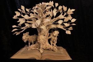 Game of Thrones Tree front/Courtesy of Jodi Harvey-Brown