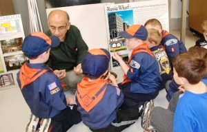 Scouts learn various aspects of engineering/Photo: Dr. Dre