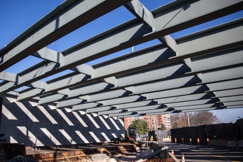 Structural steel girders connect the Rockland abutment to piers in Hudson River./NYSTA
