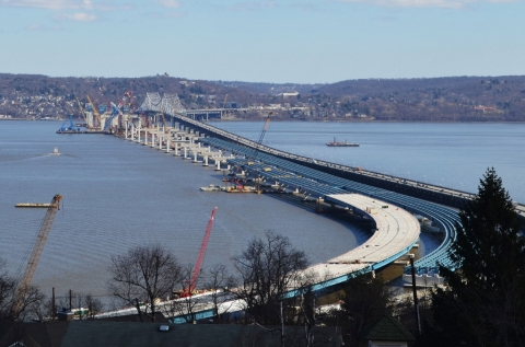 Clear view of twin spans parallel to Tappan Zee Bridge/EarthCam® construction camera