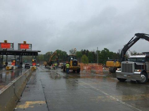 toll plaza 3