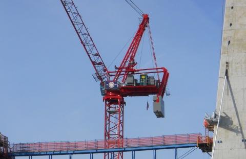 crane-and-catwalk