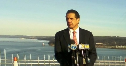 Governor Andrew Cuomo fielding reporters' questions on the new bridge/© J Rosman 2016
