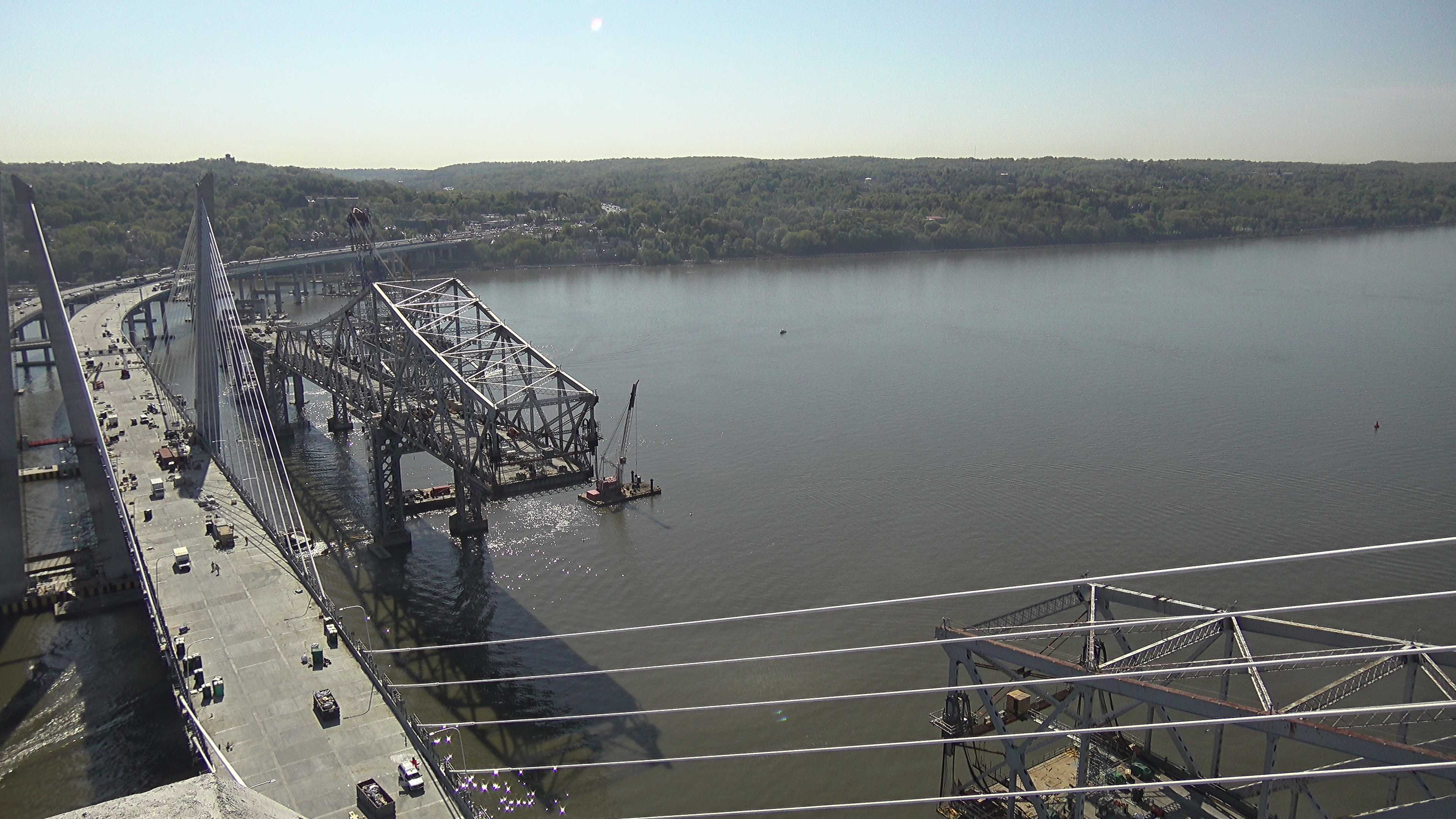 Crews remove Center of Tappan Zee Main Span | Kaleidoscope Eyes